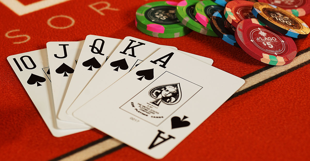 Why You Must Play Poker On Phone: Check Out the Facts